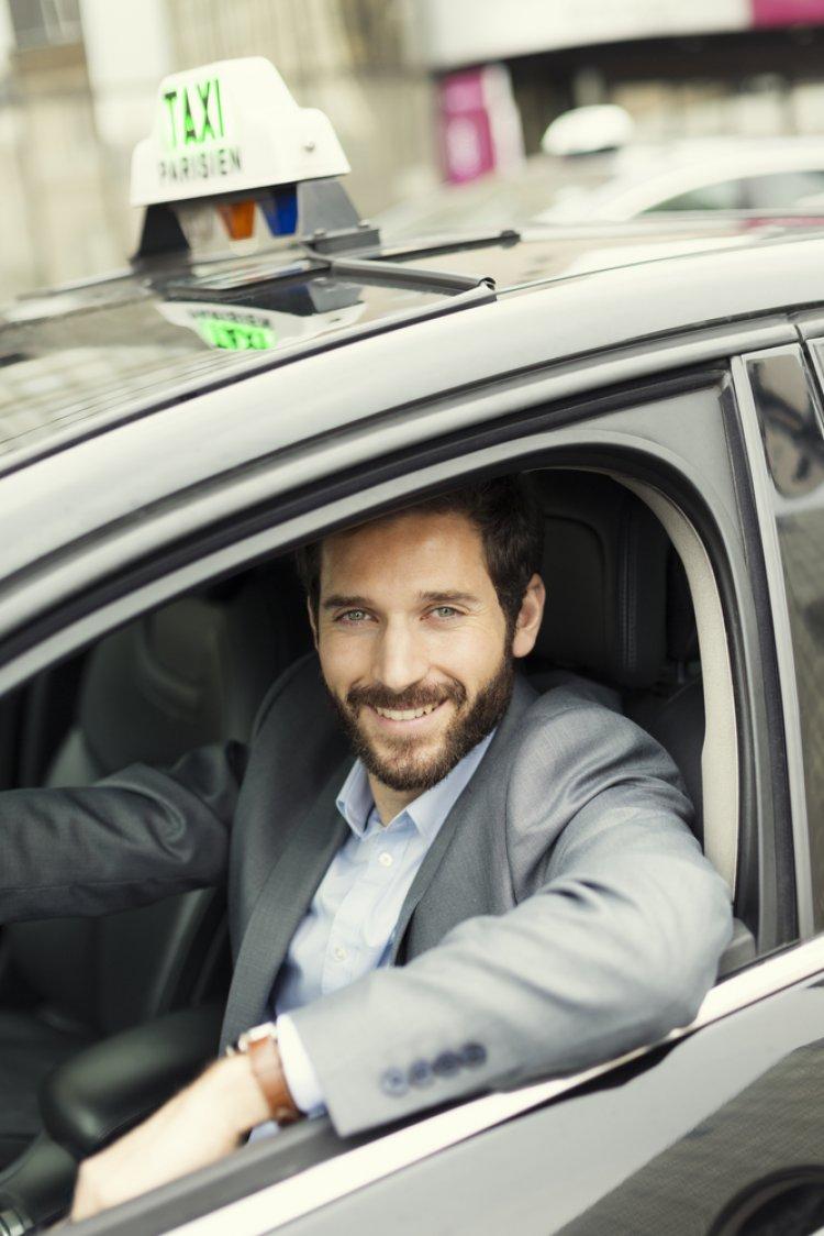 Photo of Le chauffeur de taxi, ou, tel est pris qui croyait prendre !