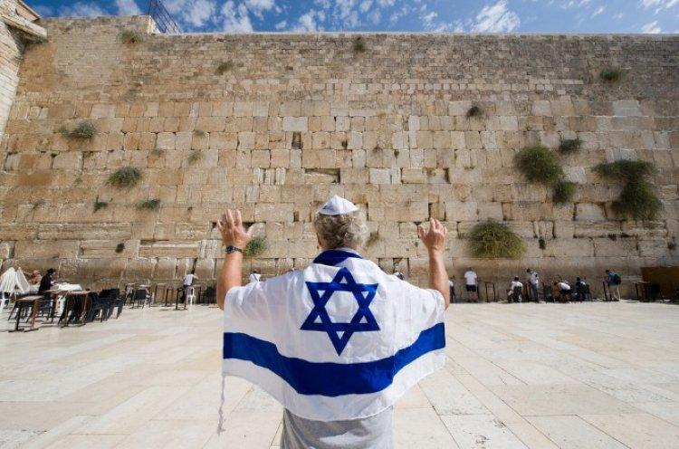 Photo of Pourquoi le peuple juif compte parmi les peuples les moins nombreux ?