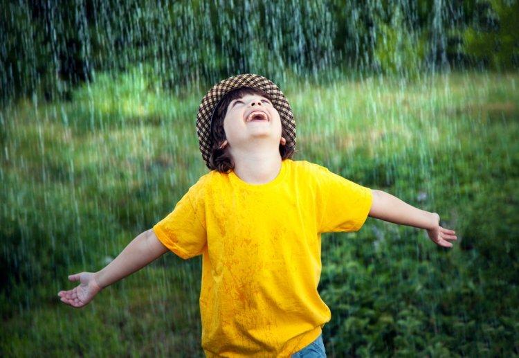 Photo of Matière à réflexion: Comment se fait-il que la pluie ne nous écrase pas? 5 points qui font réfléchir.