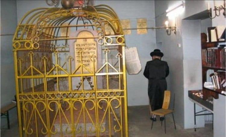 Photo of AUJOURD'HUI : Hiloula du Noam Elimelekh – Prière à lire en ce jour
