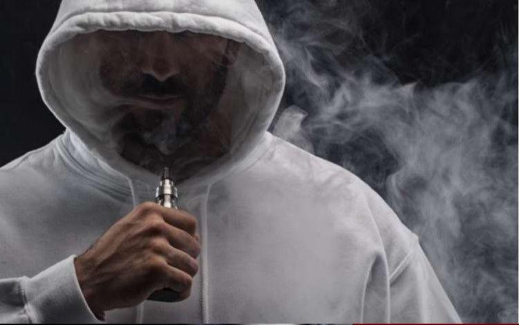 Photo of Cigarette électronique : La FDA américaine met en garde les consommateurs…