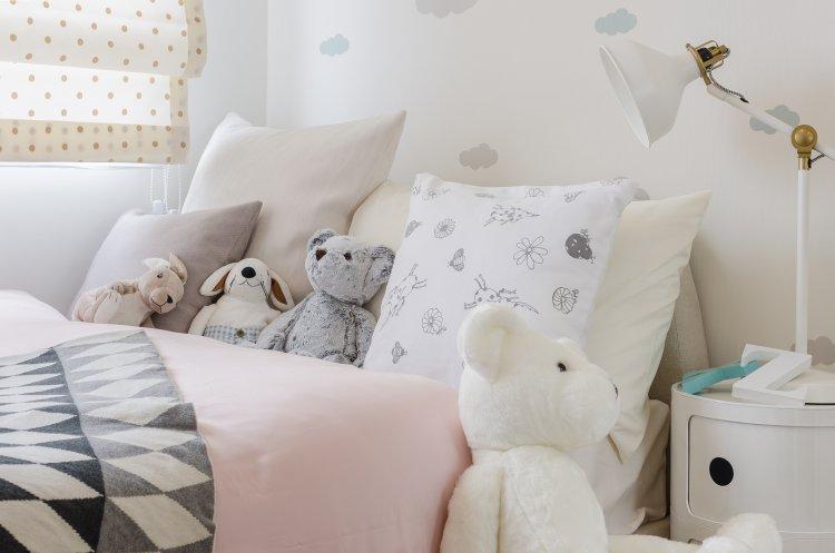 Photo of ''Je veux dormir avec toutes mes poupées !''