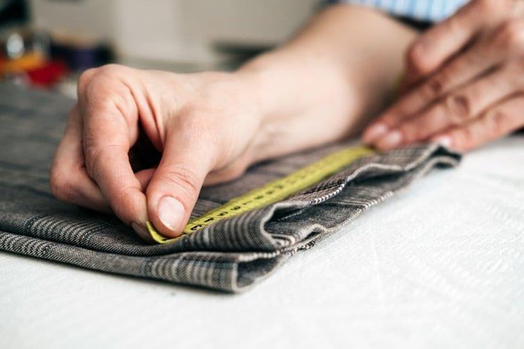 Photo of Pour deux petits centimètres de tissu…