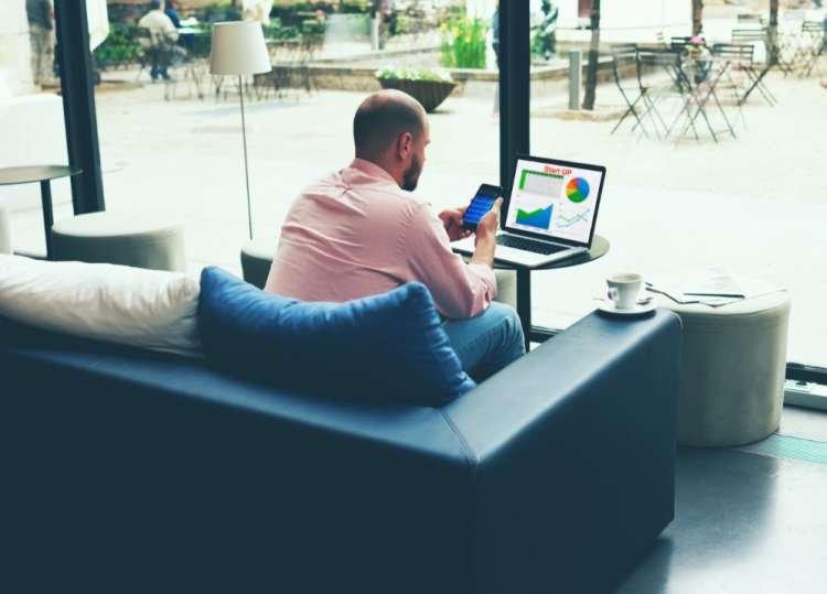 Photo of Réfléchissez à deux fois avant de vous connecter au réseau Wifi gratuit des hôtels !