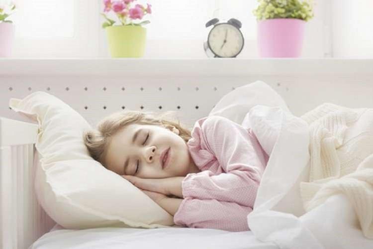 Photo of Dois-je convaincre ma fille  d'aller dormir ?