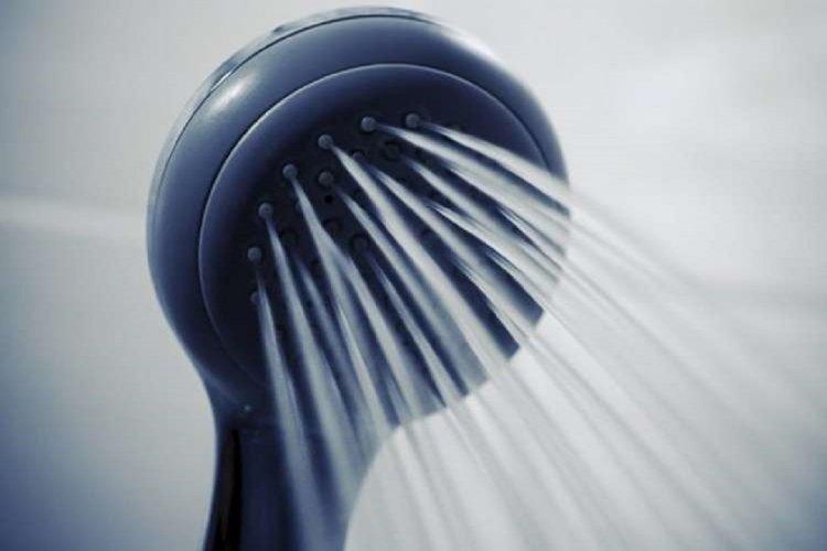 Photo of Vous aussi vous vous lavez le visage sous la douche ? L'Académie Américaine nous dévoile les résultats de ses recherches…
