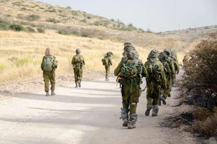 Photo of Qui va nous protéger si tout le monde étudie la Torah ?