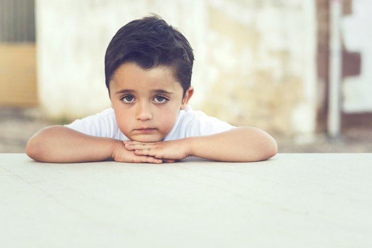 Photo of Pourquoi cet enfant ne communique t-il pas comme tous les autres ?