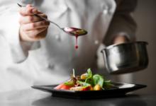 Photo of Un restaurateur en colère, une serveuse en larmes, et un juif pieux